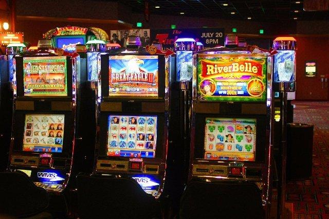 Популярное казино Frank и его автомат CINERAMA