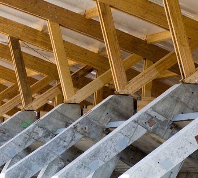 Огнезащита деревянных конструкций: Выбираем противопожарную пропитку