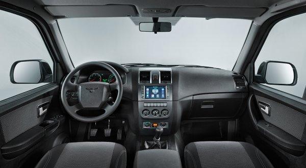 Новый УАЗ «Патриот» с «автоматом» сфотографировали на дорожных тестах