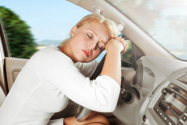 Ученые поведали, почему водители засыпают за рулем