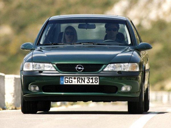 Назван ТОП-3 лучших европейских авто не дороже 100 000 рублей