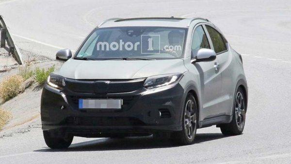 Обновленный кроссовер Honda HR-V замечен на тестах