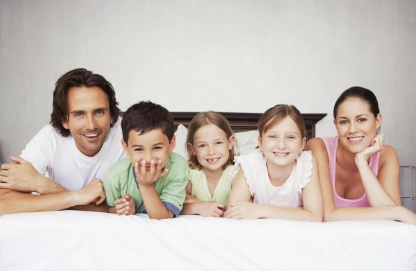 Больше – лучше: Россияне рассказали, сколько детей должно быть в идеальной семье
