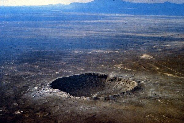 Математическая модель нашла 200 ненайденных метеоритных кратеров на Земле