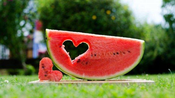 В Астраханских овощах и фруктах нашли паразитов, но не нашли пестициды