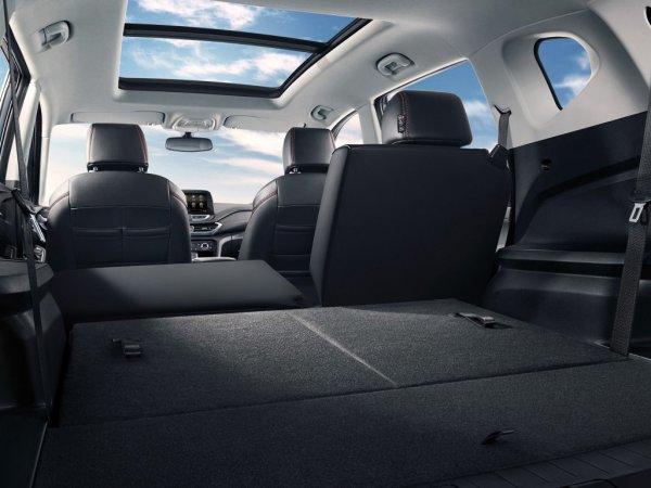 GM рассекретил интерьер нового минивэна Chevrolet Orlando до премьеры