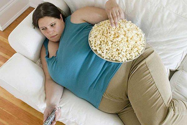 Ученые: Ожирение приводит к депрессии и лишает удовольствия от секса