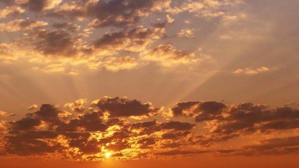 Житель Алабамы увидел в облаках «Бога»