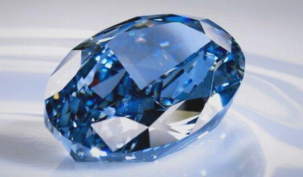 Секрет голубого бриллианта: Геологи раскрыли тайну самых редких драгоценных камней