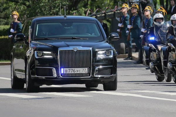 Мантуров: Автомобили Aurus проекта «Кортеж» представят в августе