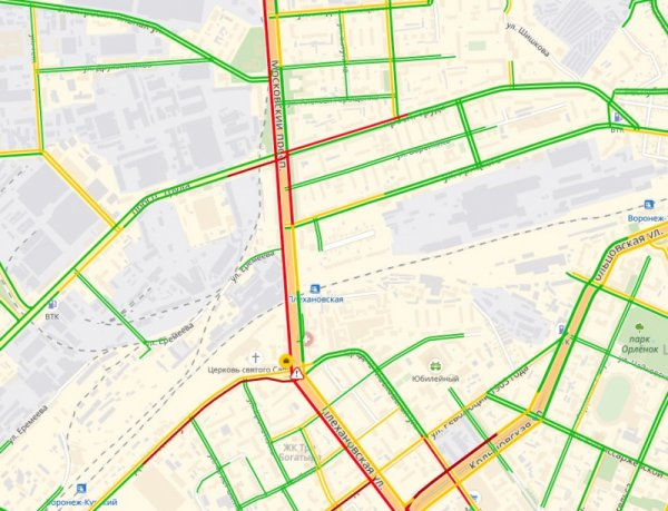 В Воронеже образовалась пробка из-за отключения светофоров