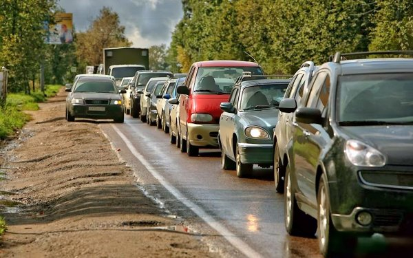 Воронежский автомобилист проучил обочечников на трассе М-4 «Дон»