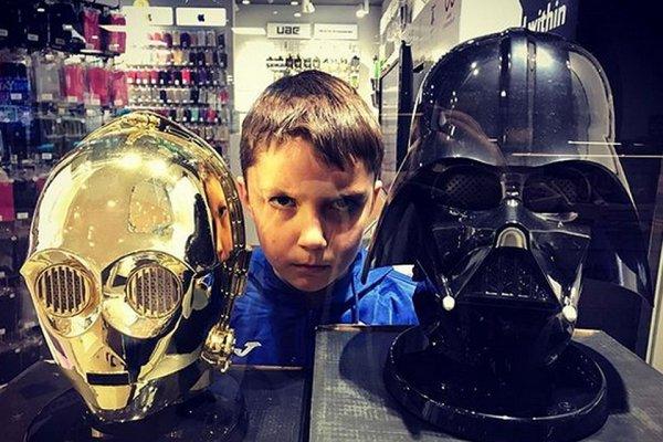 10-летний актер из «Звездных войн» поддержал ГИБДД в Нальчике