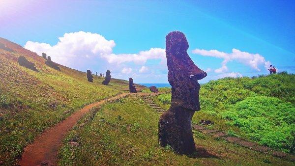Историки: Война могла не быть причиной уничтожения цивилизации острова Пасхи
