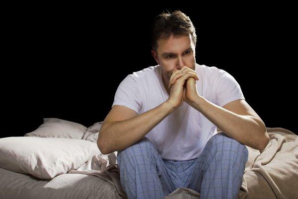 Из-за недосыпа возникает вирус одиночества – Ученые