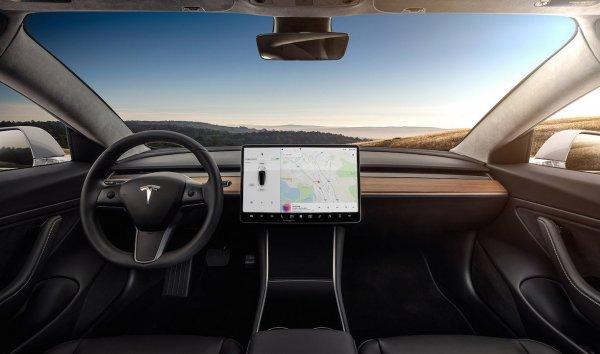 Аналитики заявили об убыточности Tesla Model 3