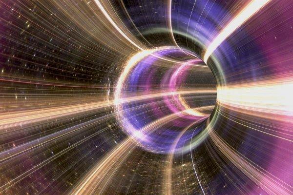 Ученые представили первую в истории науки рабочую математическую формулу машины времени