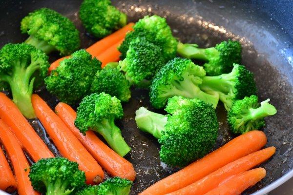 Диетологи рассказали о том, как похудеть без диет и физических упражнений
