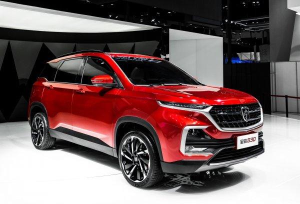 GM и SAIC показали в сети новый бюджетный кроссовер Baojun