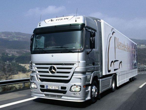 Представлен полуавтономный грузовик Mercedes-Benz Actros для России
