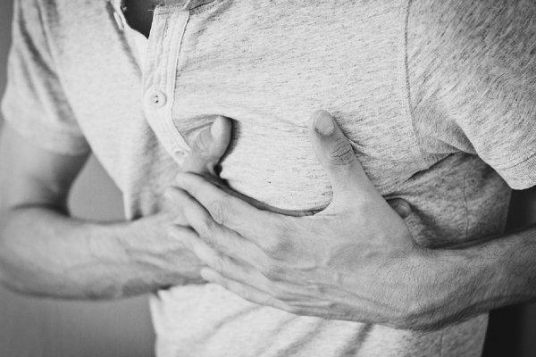 Ученые рассказали, как спастись от инсультов и инфарктов