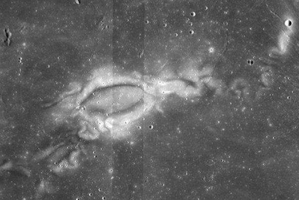 Появление загадочных узоров на Луне сумели объяснить учёные
