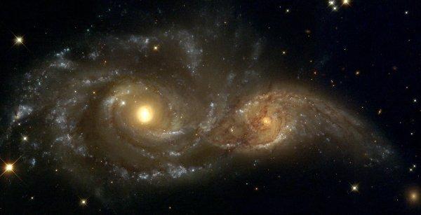 Телескоп NASA зафиксировал столкновение двух галактик