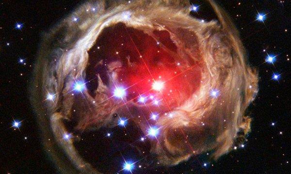 Астрономы: Масштабного взрыва двух звезд в 2022 году не будет