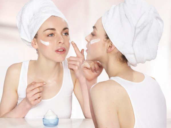 Ученые: Средства по уходу за кожей могут спровоцировать рак и бесплодие