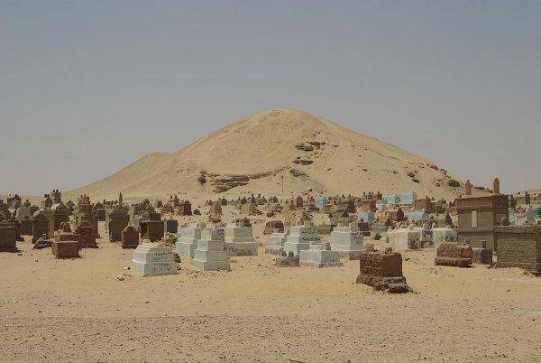 Американские археологи нашли в Египте гробницы 4-тысячелетней давности