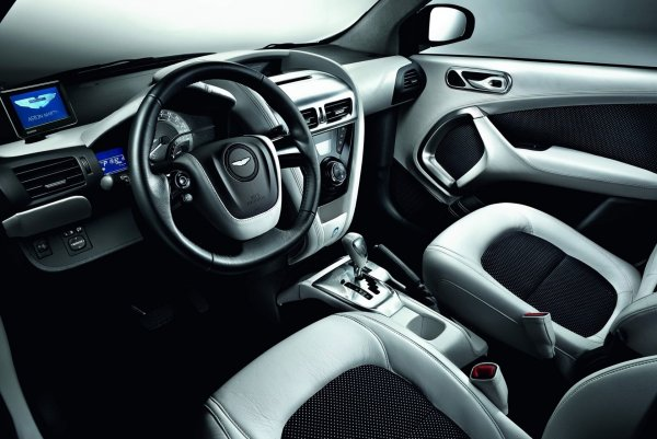 Представлена специальная версчия суперкара Aston Martin Cygnet