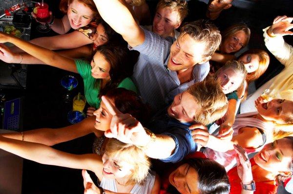 Тюменские студенты оголились на вечеринке по поводу поступления