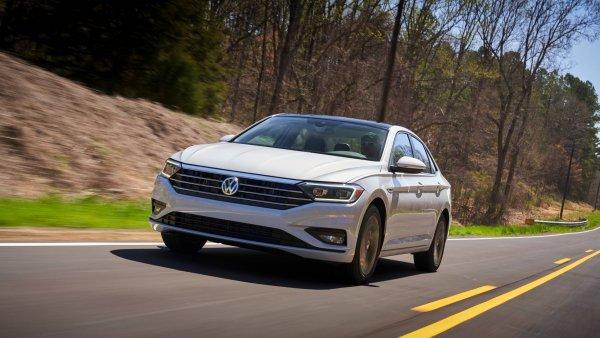 Новый Volkswagen Jetta GLI может дебютировать в январе в Детройте