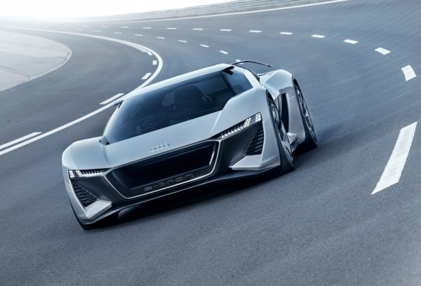 Следующий электрокар марки Audi будет быстрее Tesla Model S