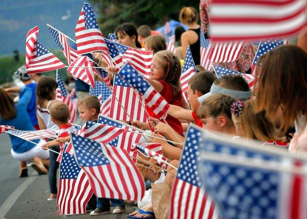 Люди с другой планеты: Социологи рассказали, почему русским не понять американцев