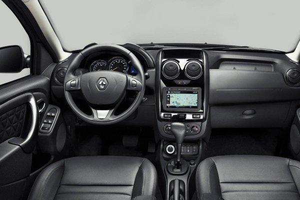 «Ремонтирую скотчем»: О минусах особого Renault Duster Dakar рассказал автоблогер
