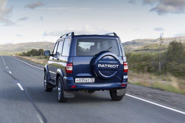 Тест на динамику: Старый и новый УАЗ «Патриот» сравнили в заезде