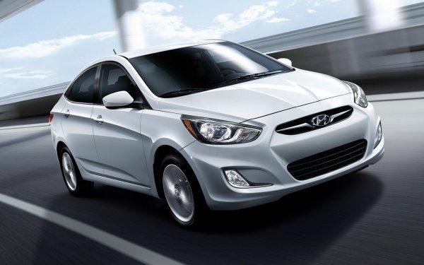 «Мотор запрограммирован умирать»: Блогер сравнил новый и старый Hyundai Solaris