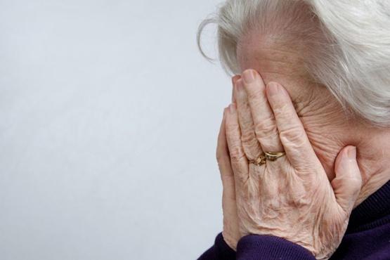 Пожилая тюменка едва не купила у мошенника лекарства