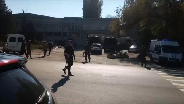 Александр Моор выразил соболезнования пострадавшим и родственникам погибших в Керченском политехническом колледже