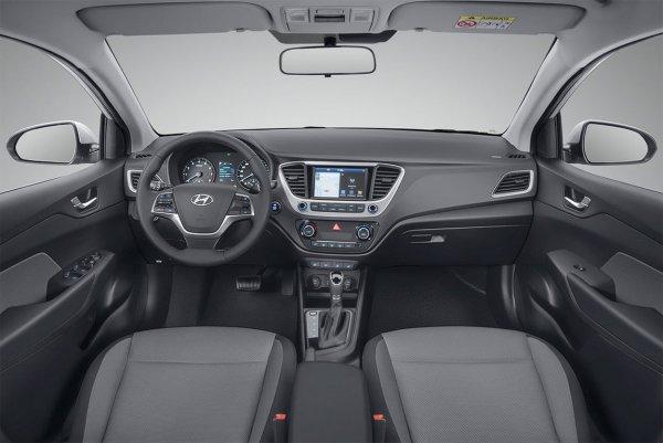 Блогера высмеяли в сети за «разнос» Hyundai Solaris 2018