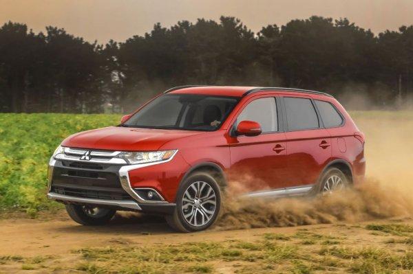 7 литров на «сотню»: Секрет экономной езды на Mitsubishi Outlander раскрыл автомобилист