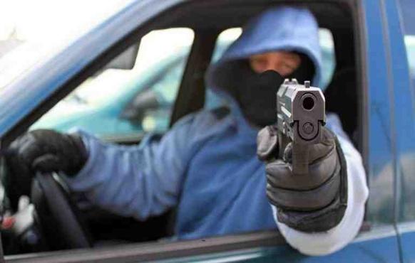 В Тюмени расстреляли иномарку