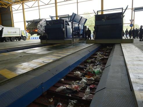 Замгубернатора Вячеслав Вахрин сообщил, насколько подорожает для тюменцев вывоз мусора