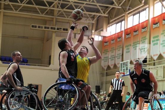 В Тюменской области прошли мастер-классы по баскетболу на колясках