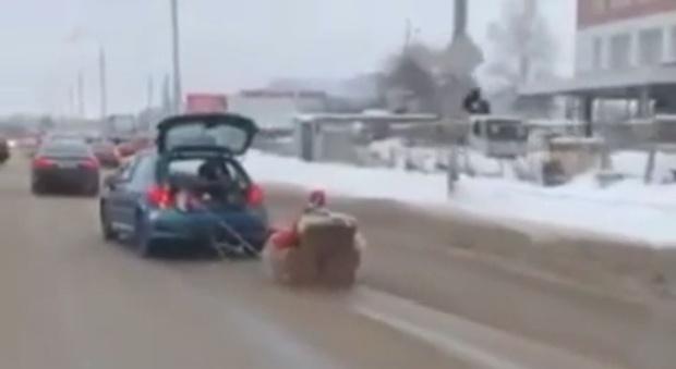 Полицейские Подольска «не оценили» выходку Санта-Клауса на кресле