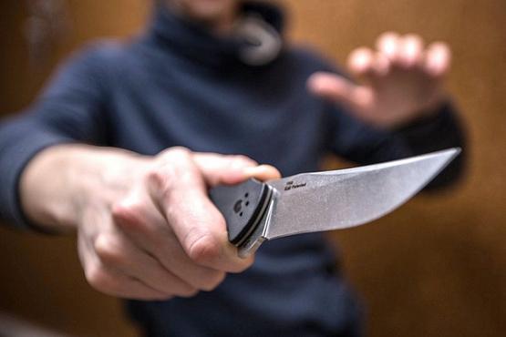 Тюменец чуть не убил жену из-за ее отношений с братом