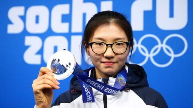 Двукратная олимпийская чемпионка обвинила тренера в изнасиловании