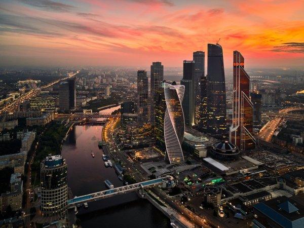 Захотел крассивых видов?: Медведев поручил переезд министерств в «Москва-Сити»